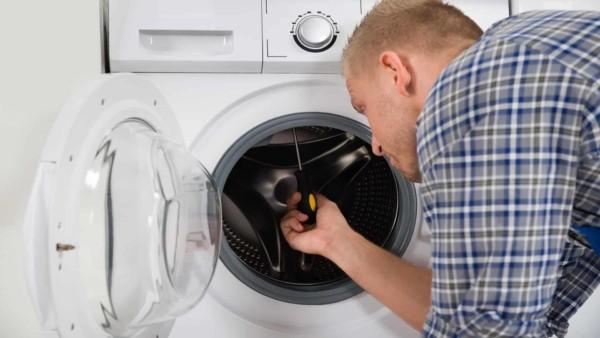 Appliance Repair: DIY or Call Experts?