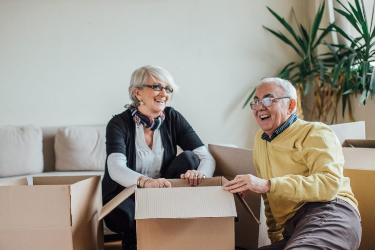 5 Reasons to Downsize in Your Senior Years