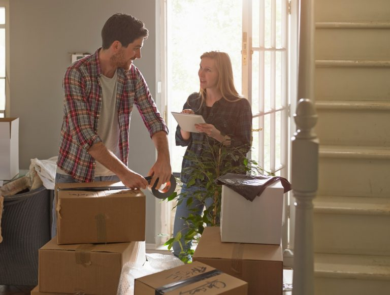 Tips for Saving Money When Moving During High Season