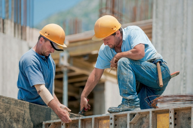 Three Important Considerations When Hiring a Concrete Repair Contractor